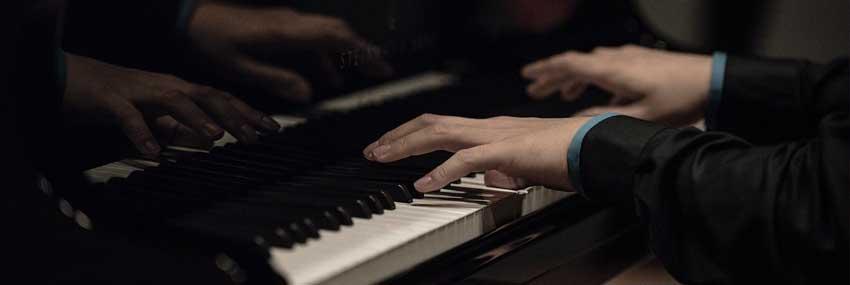 感受一位剑桥学子的中国琴梦,聆听属于中国魅力的钢琴音乐